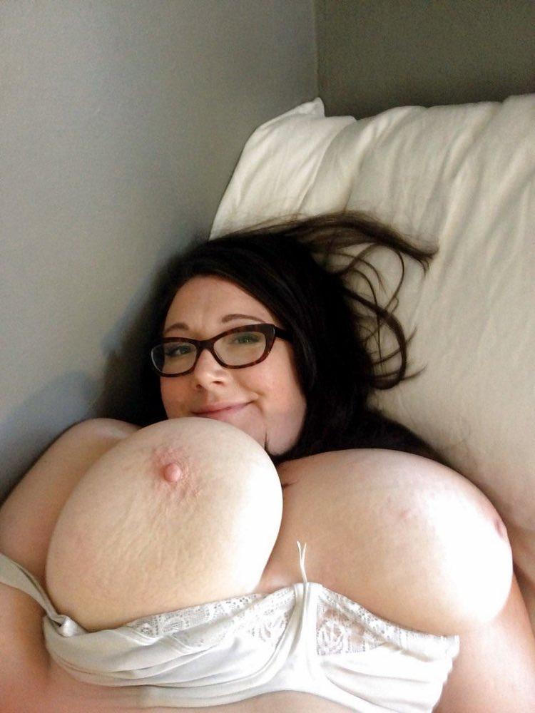 Nibards vraiment énorme pour baiser une ronde