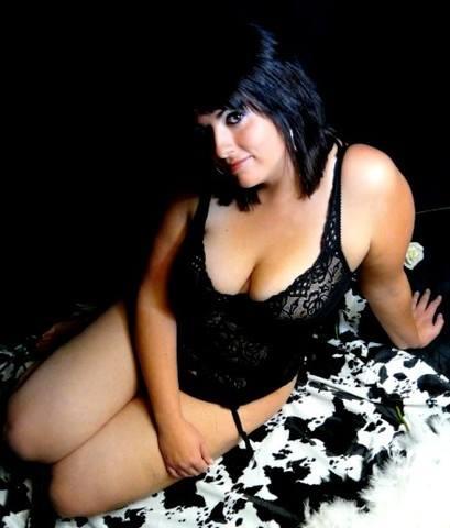 Marylou et ses gros seins de nourrice